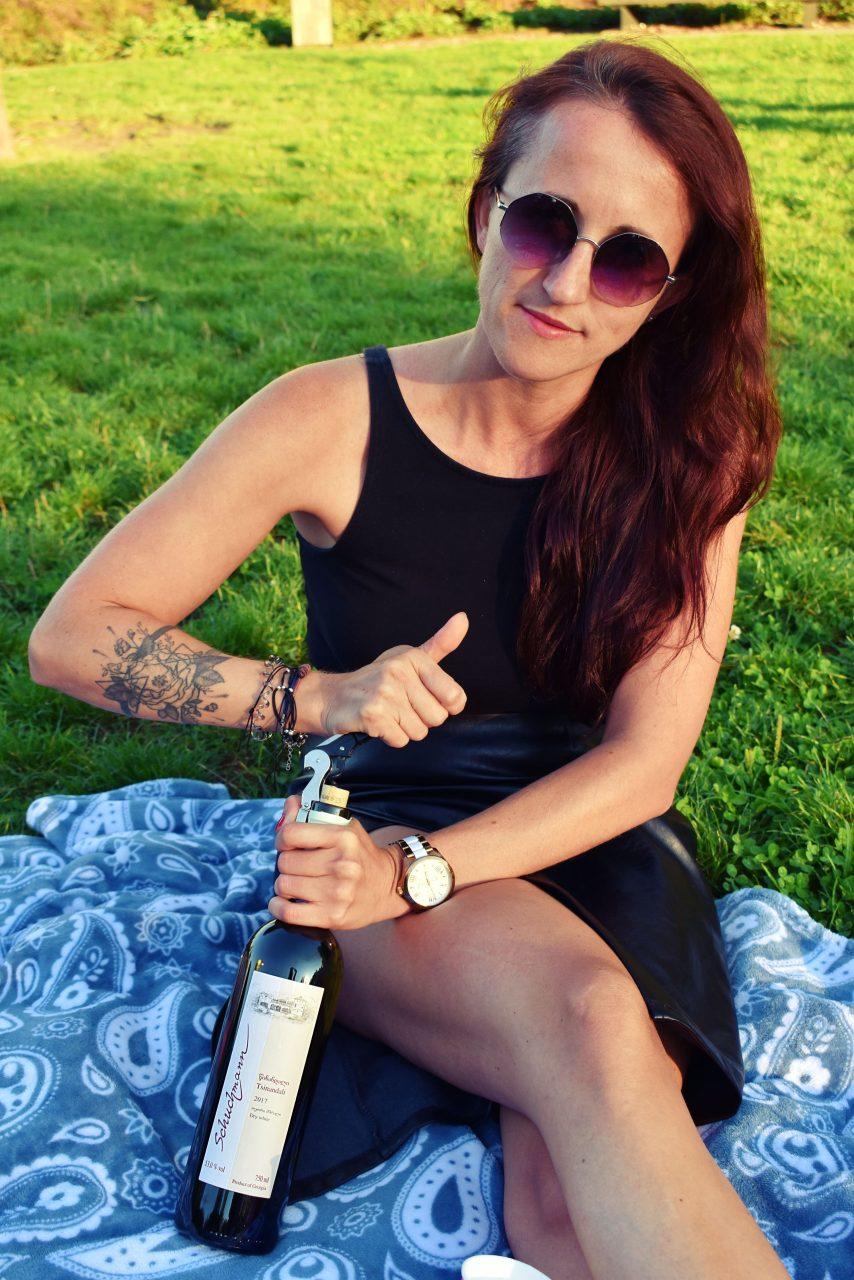 Butelka wina Gruzinskiego