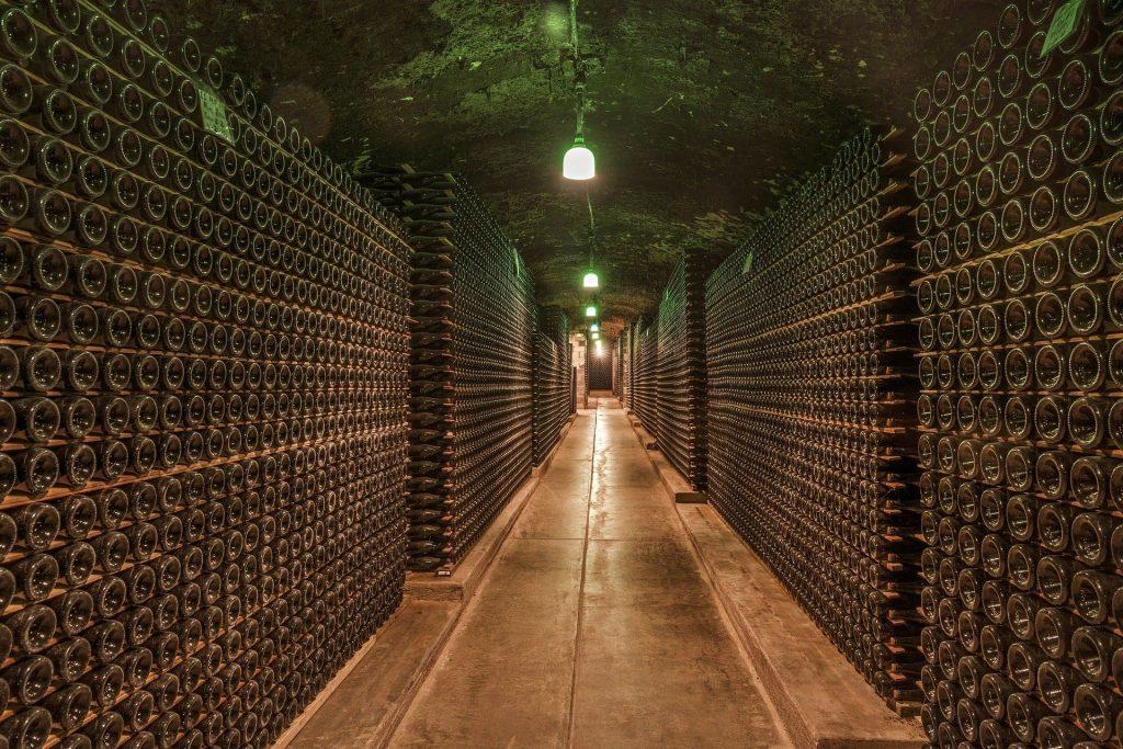 Starzenie wina, przechowywanie w butelkach