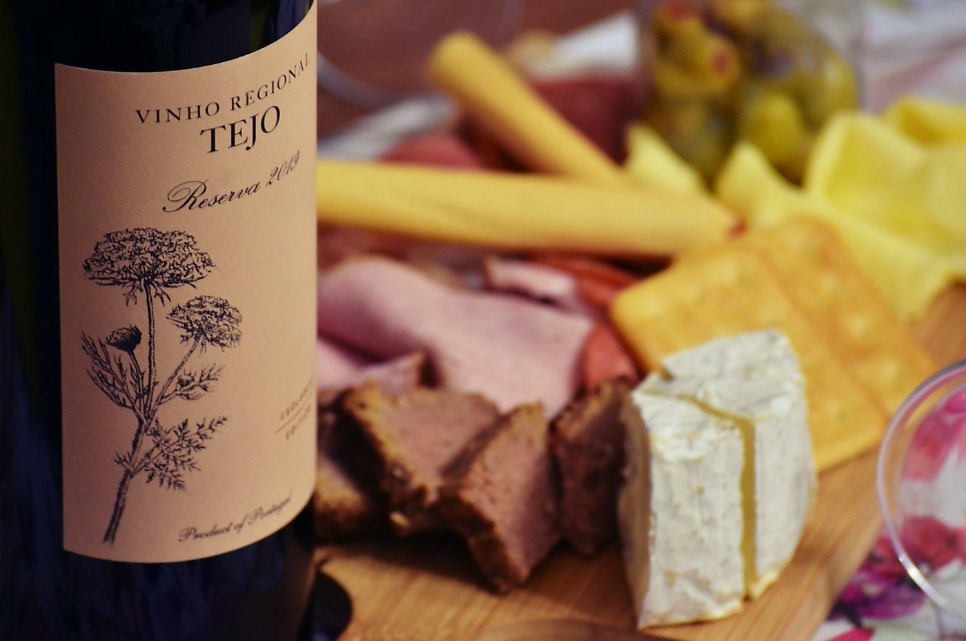 Wino i jedzenie - tejo